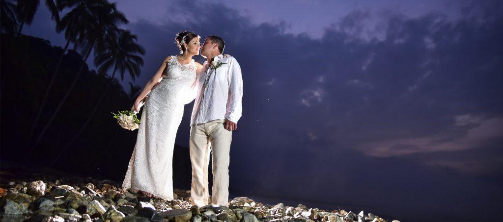 Experiencias romanticas y matrimonios en la playa en hotel finca La Jorara en la Sierra Nevada de Santa Marta