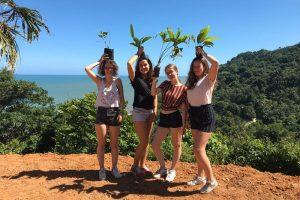 Siembra de arboles en la sierra nevada - Tour Educativo ecológico Cultural